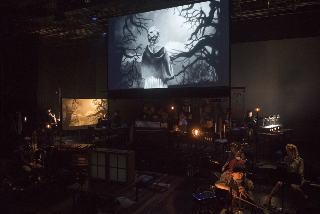 Manual Cinema Frankenstein (photo by Michael Brosilow)